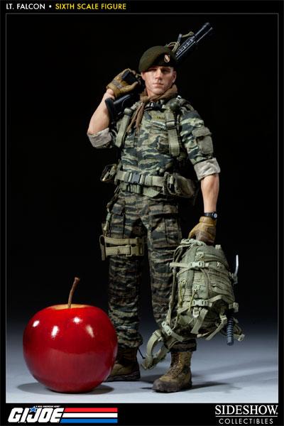 [Bild: 100037-green-beret-lieutenant-falcon-004.jpg]