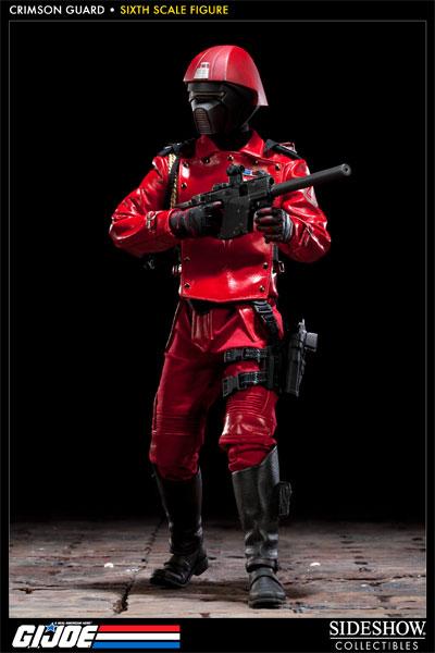 [Bild: 100039-crimson-guard-001.jpg]