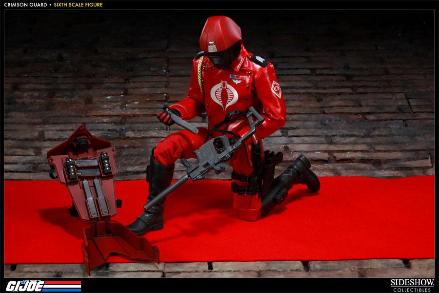 [Bild: 100039-crimson-guard-010.jpg]