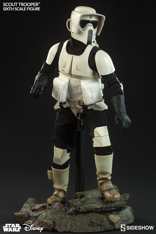 [Bild: star-wars-scout-trooper-sideshow-100103-04.jpg]