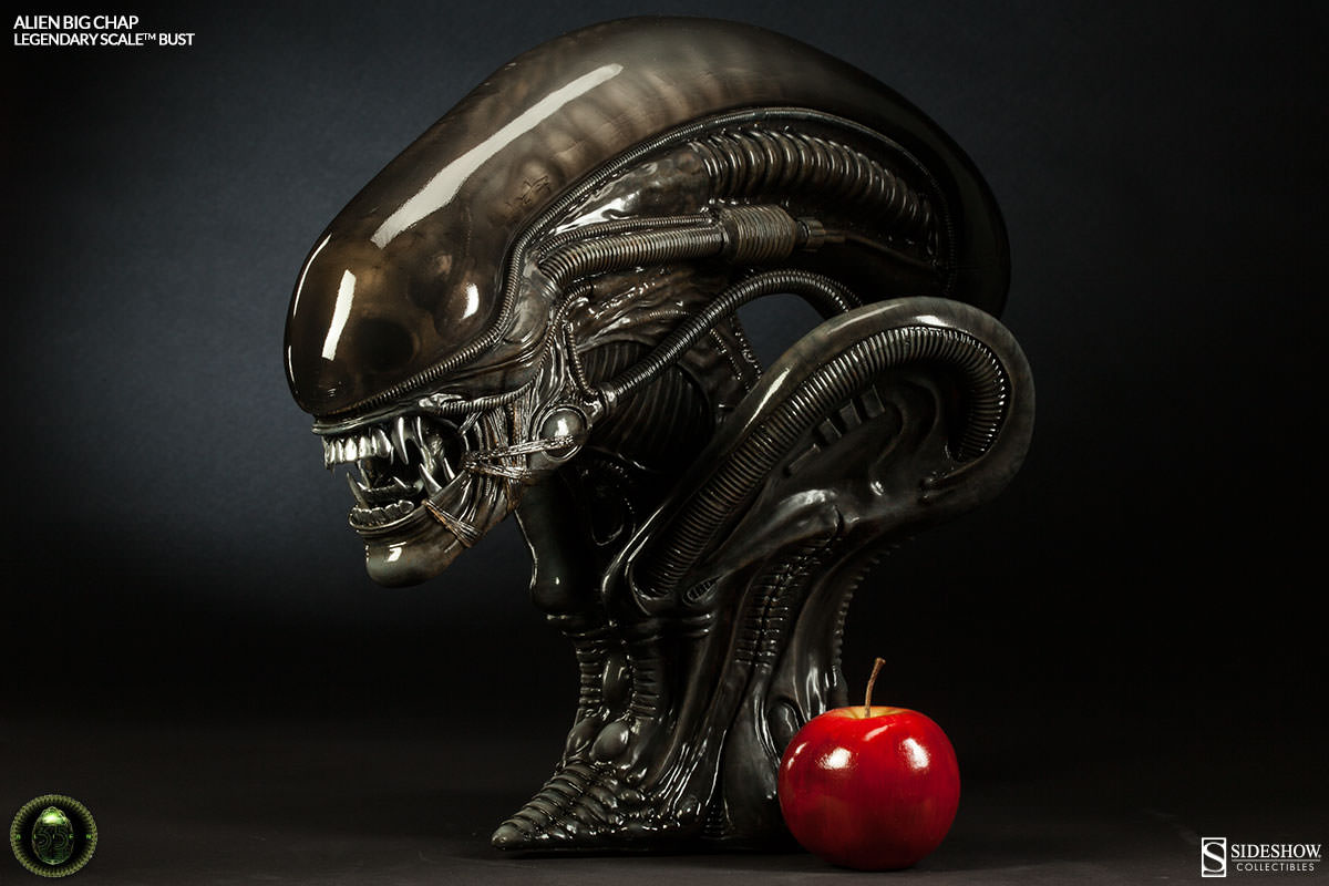 alien alien big chap legendary scale tm bust by sideshow co