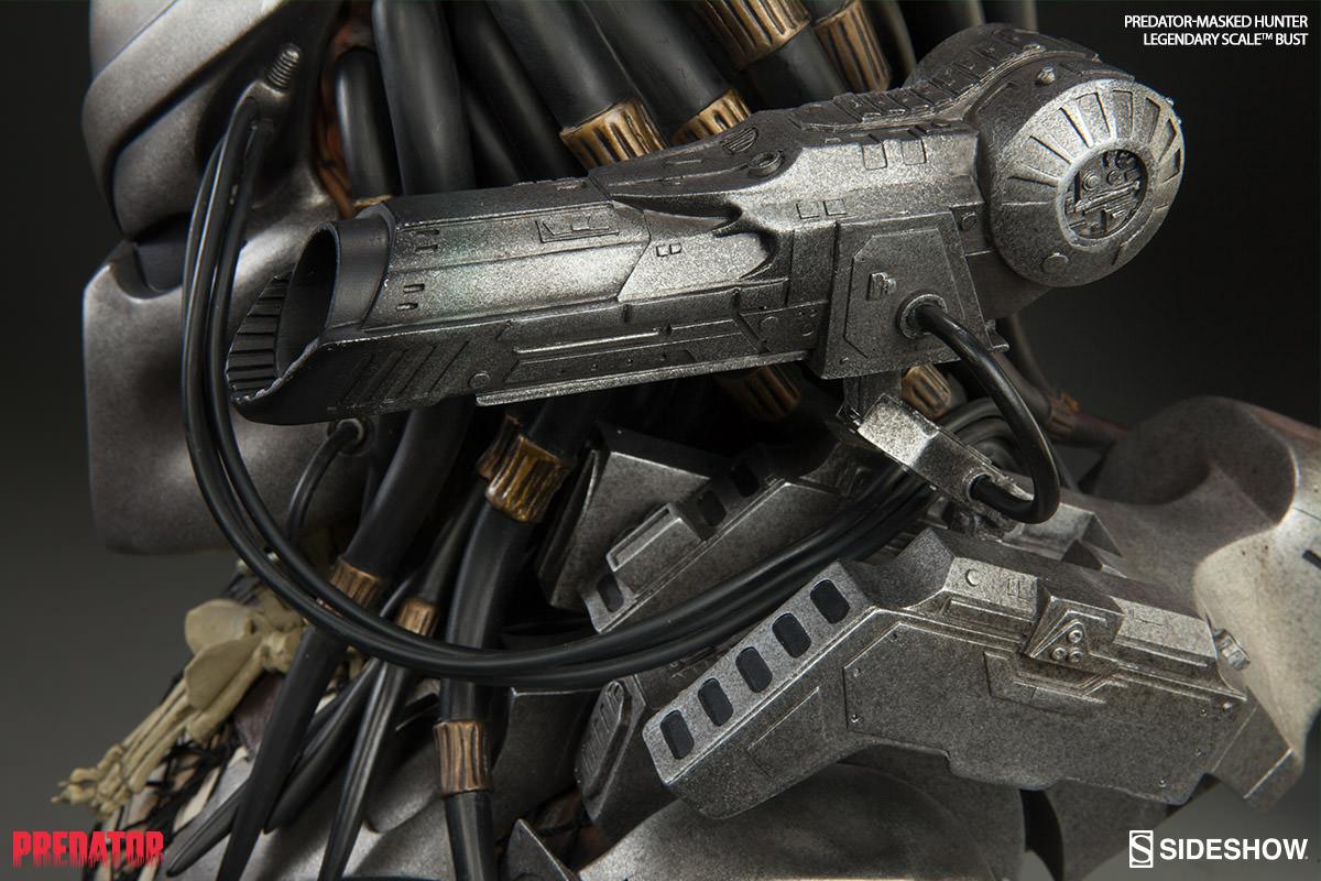 Predator Predator - Masked Hunter Legendary Scale(TM) Bust ...