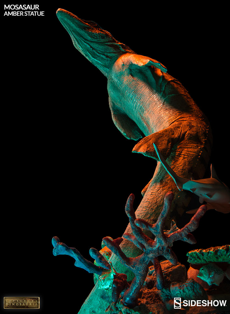 [Bild: mosasaur-amber-statue-2003613-02.jpg]