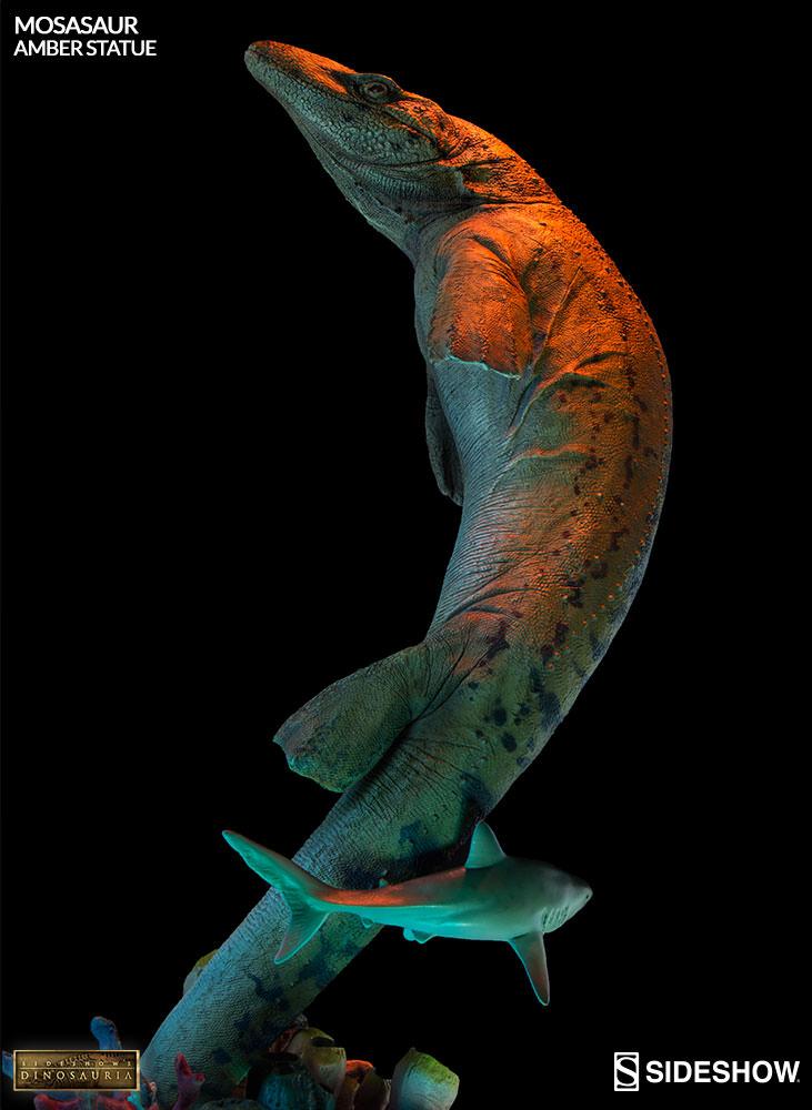 [Bild: mosasaur-amber-statue-2003613-04.jpg]