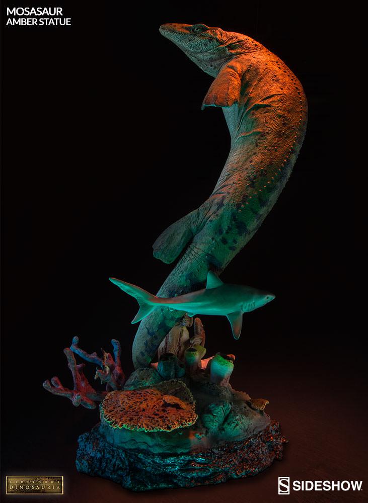 [Bild: mosasaur-amber-statue-2003613-05.jpg]