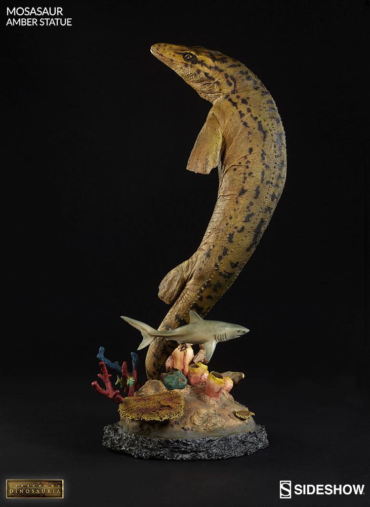 [Bild: mosasaur-amber-statue-2003613-06.jpg]
