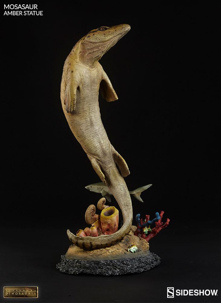 [Bild: mosasaur-amber-statue-2003613-08.jpg]