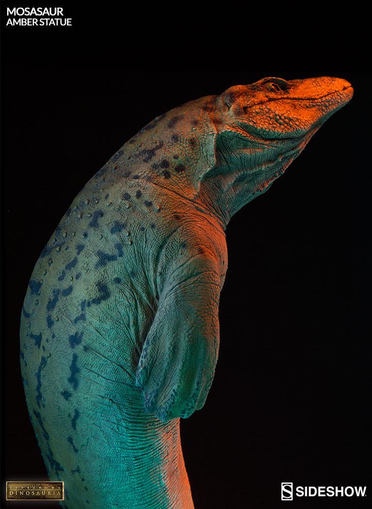 [Bild: mosasaur-amber-statue-2003613-17.jpg]