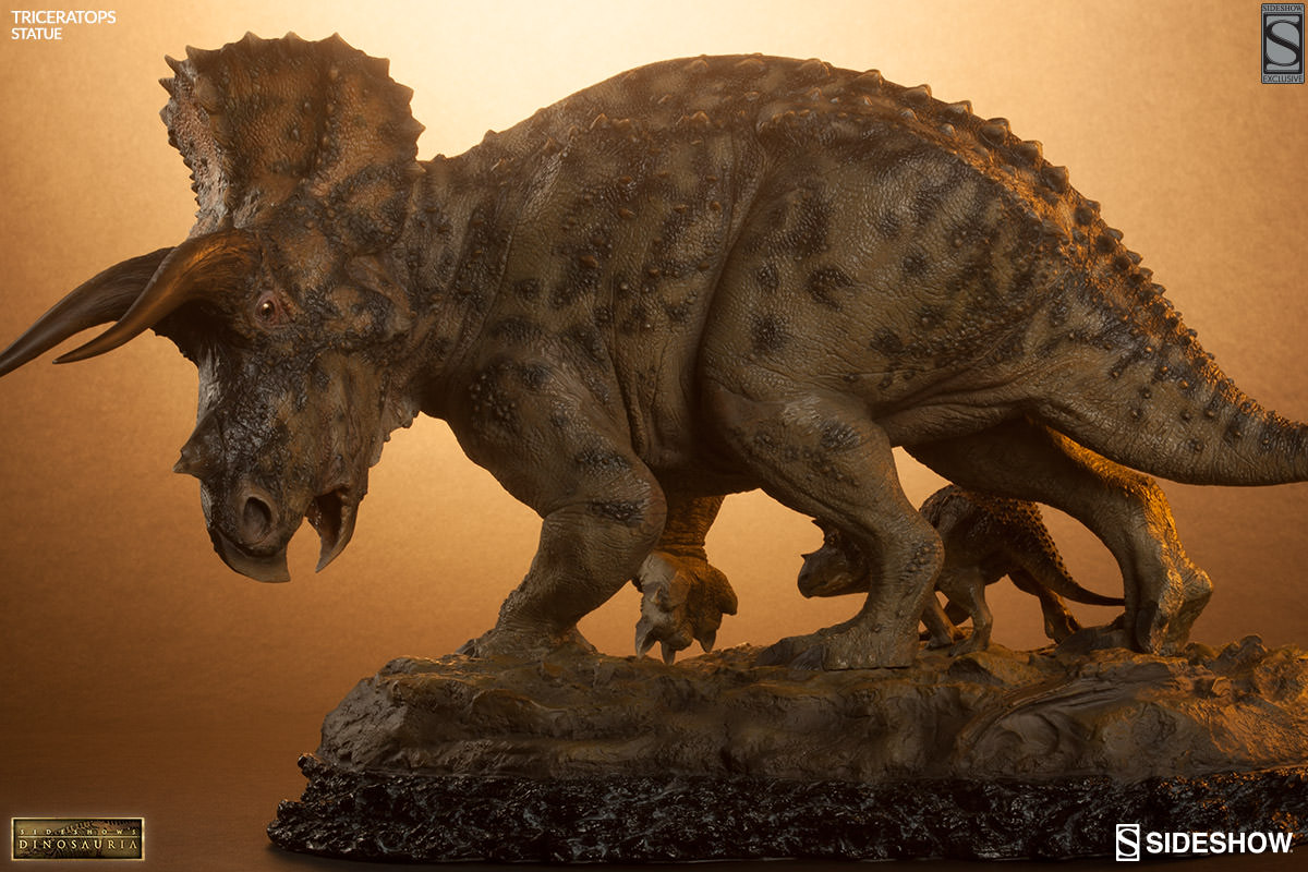 Iron Man Home Dinosauria Triceratops Statue By Sideshow Collectibles