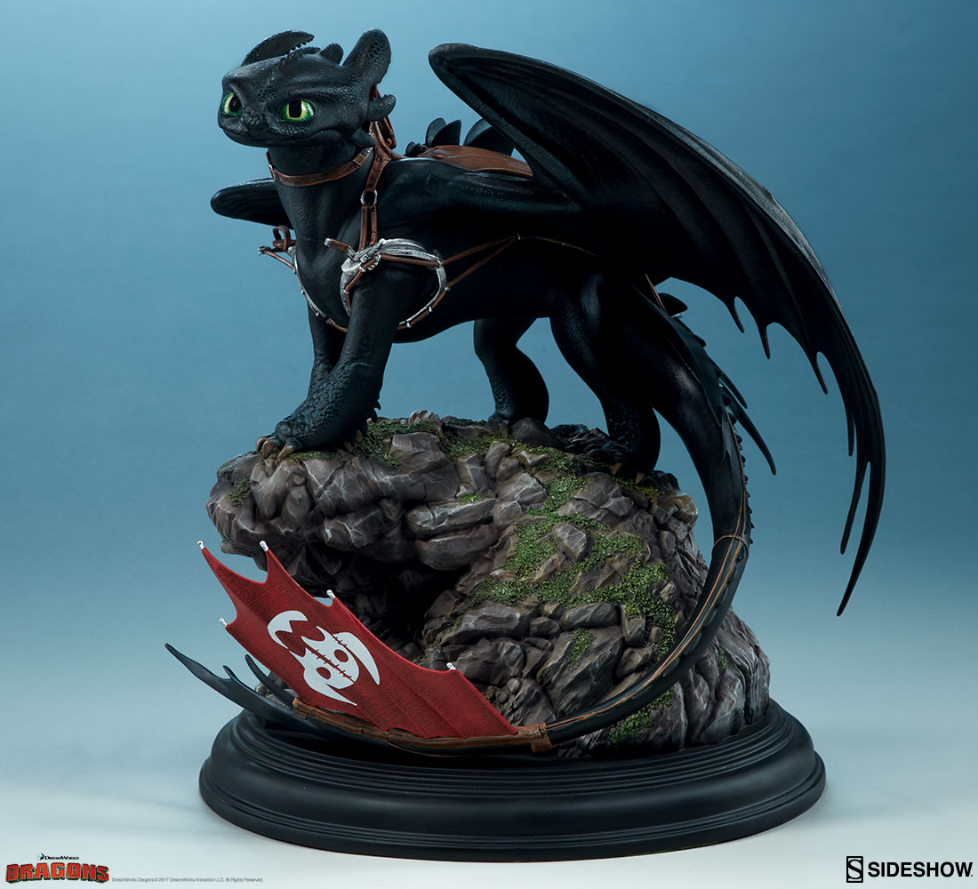 How To Train Your Dragon Toothless Statue By Sideshow