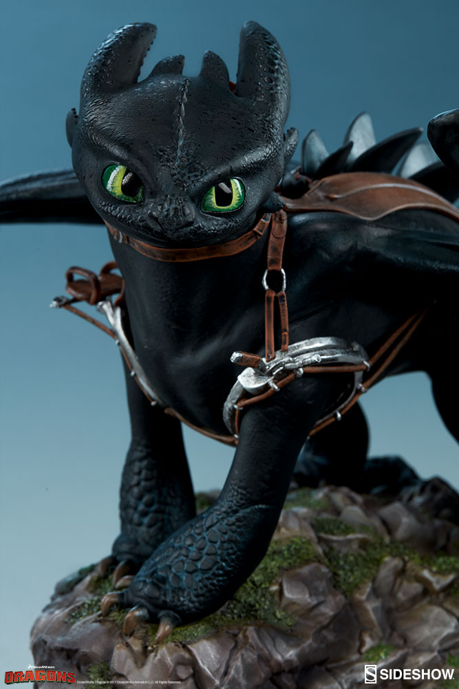 How To Train Your Dragon Toothless Statue By Sideshow ...