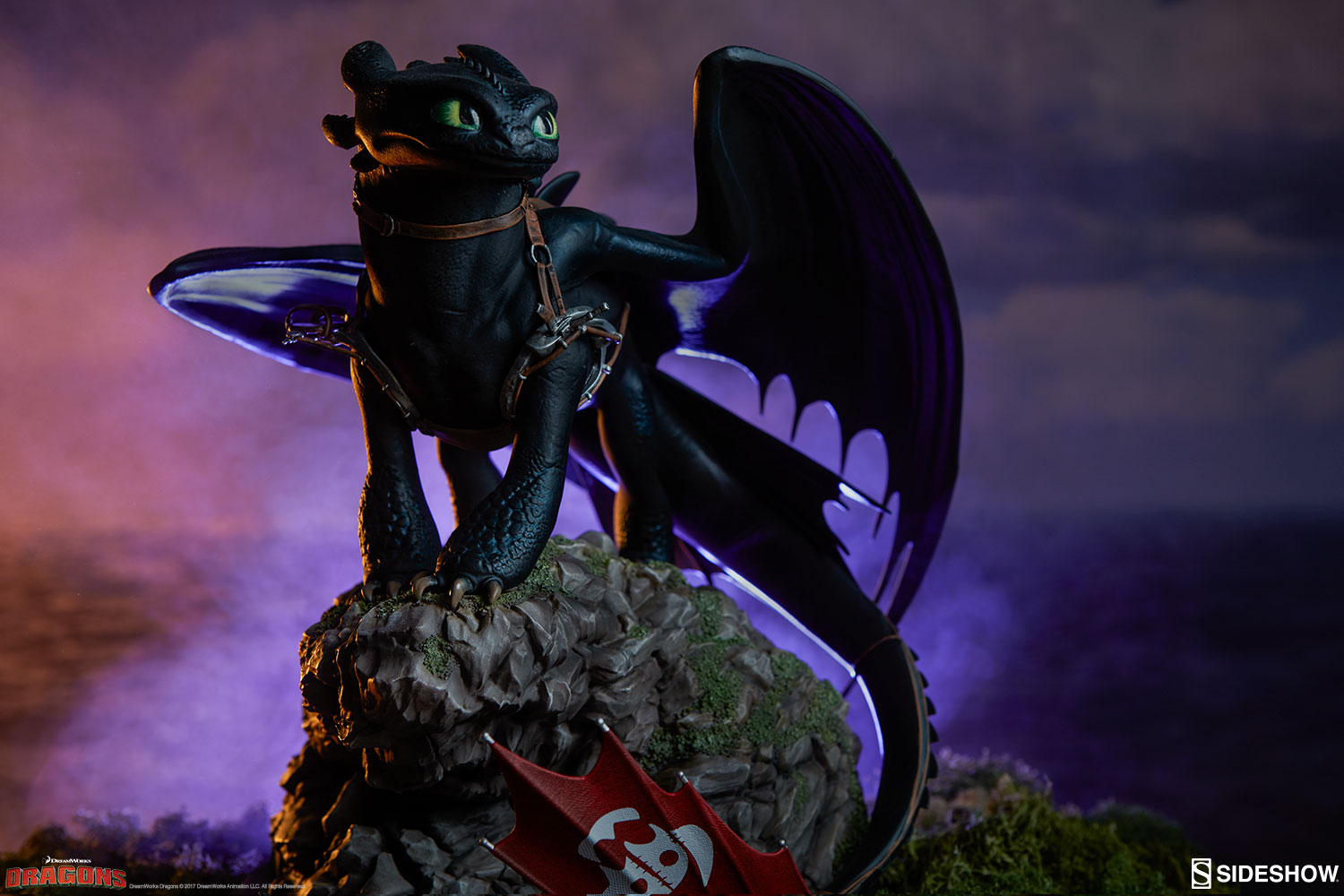 How to Train Your Dragon Toothless Statue by Sideshow ... - photo#24
