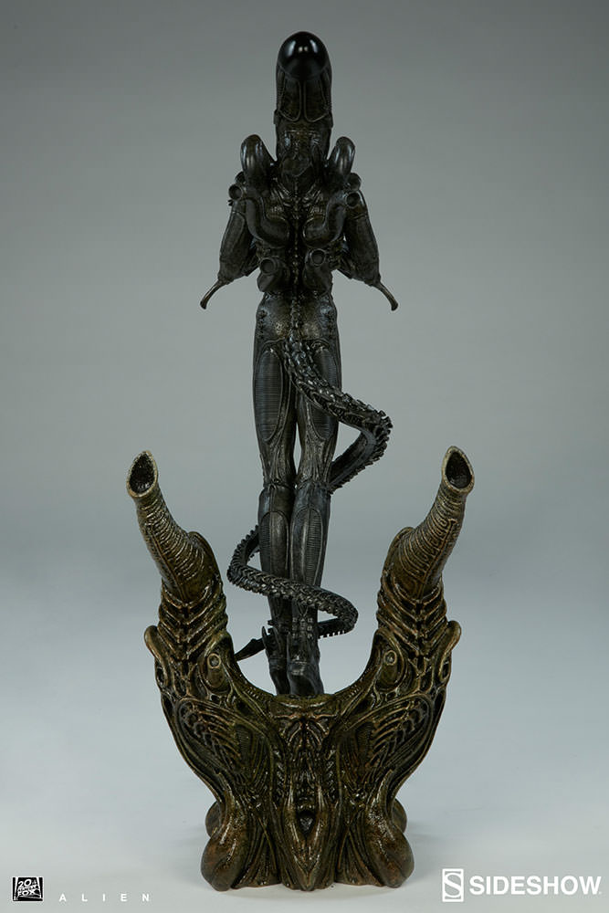 Alien Alien Statue by Sideshow Collectibles | Sideshow ...