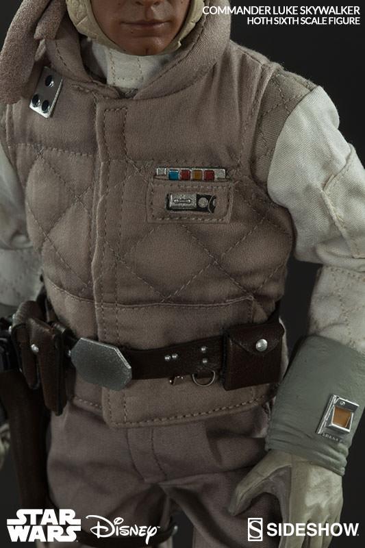 http://www.sideshowtoy.com/assets/products/2159-commander-luke-skywalker-hoth/lg/2159-commander-luke-skywalker-hoth-009.jpg