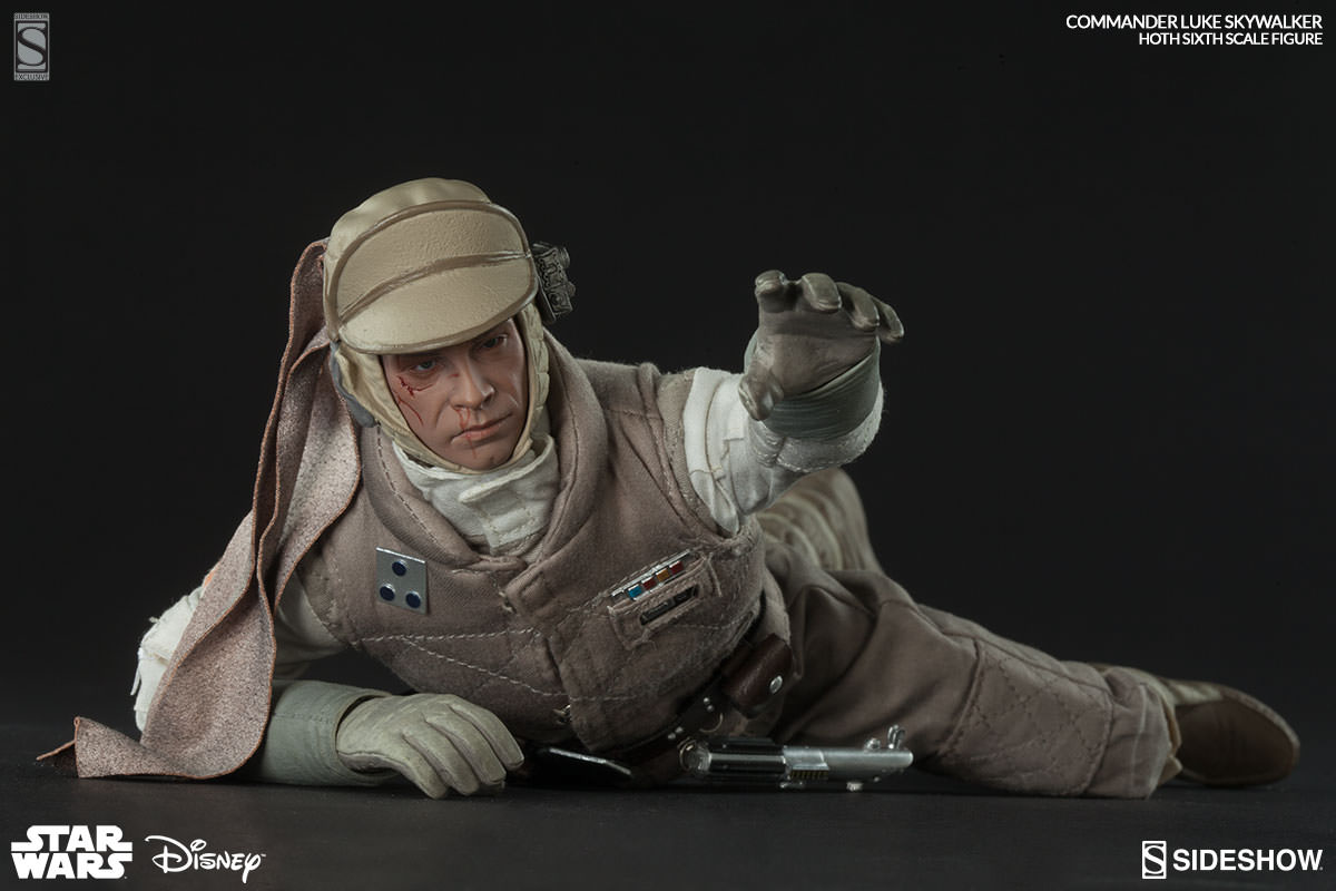 http://www.sideshowtoy.com/assets/products/21591-commander-luke-skywalker-hoth/lg/21591-commander-luke-skywalker-hoth-002.jpg