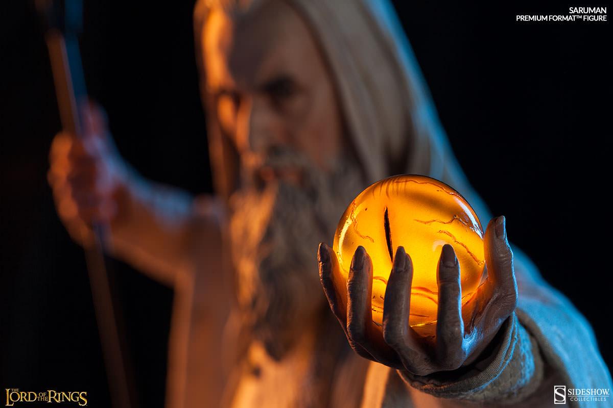 Saruman Premium Format Figure