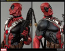 Deadpool Premium Format™ Figure