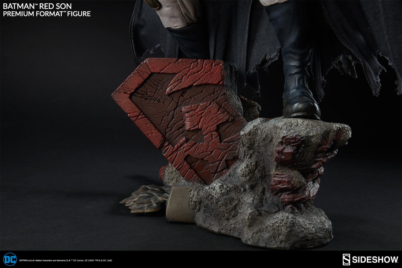 [Bild: dc-batman-red-son-premium-format-300427-13.jpg]