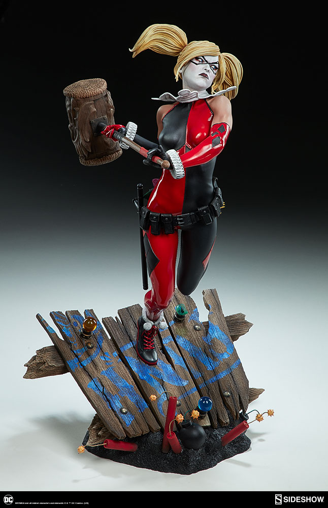 dc comics harley quinn premium format tm figure by sideshow sideshow collectibles. Black Bedroom Furniture Sets. Home Design Ideas