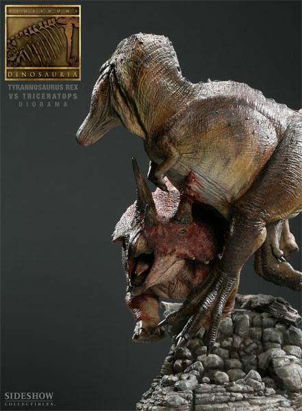 [Bild: 3102-tyrannosaurus-rex-vs-triceratops-diorama-008.jpg]
