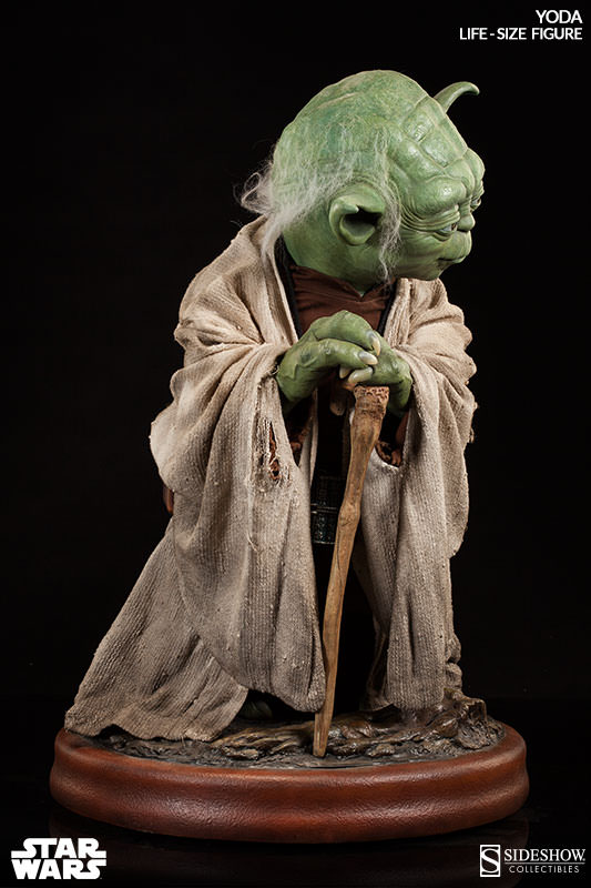 Life Size Yoda Statue | Sideshow Collectibles