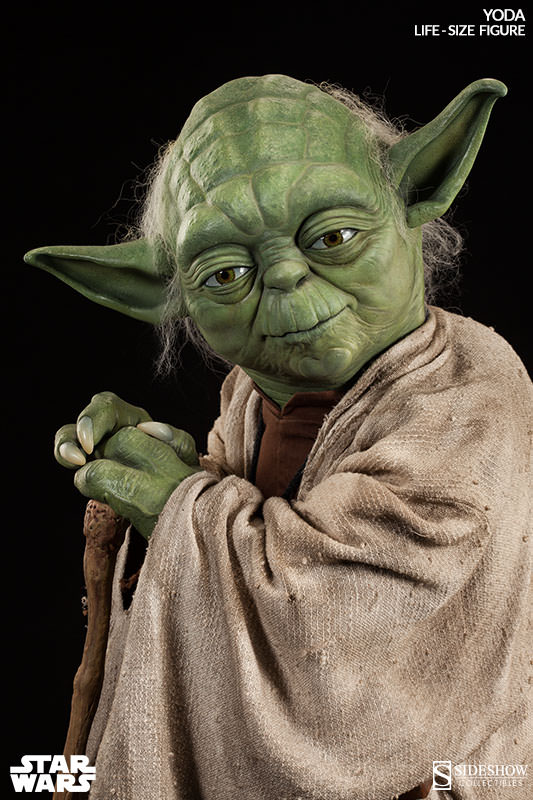 life size yoda statue sideshow collectibles. Black Bedroom Furniture Sets. Home Design Ideas