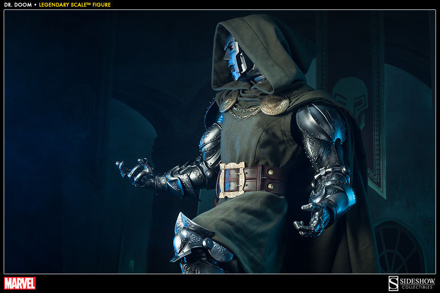 https://www.sideshowtoy.com/assets/products/400086-doctor-doom/lg/400086-doctor-doom-006.jpg