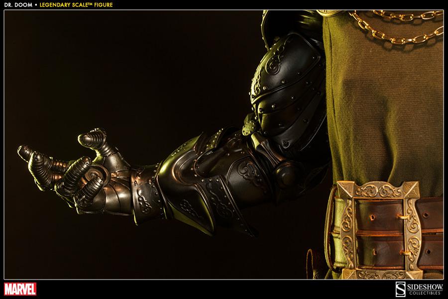 [SideShow] Dr.Doom Legendary Scale Figure - LANÇADO!!! - Página 4 400086-doctor-doom-010