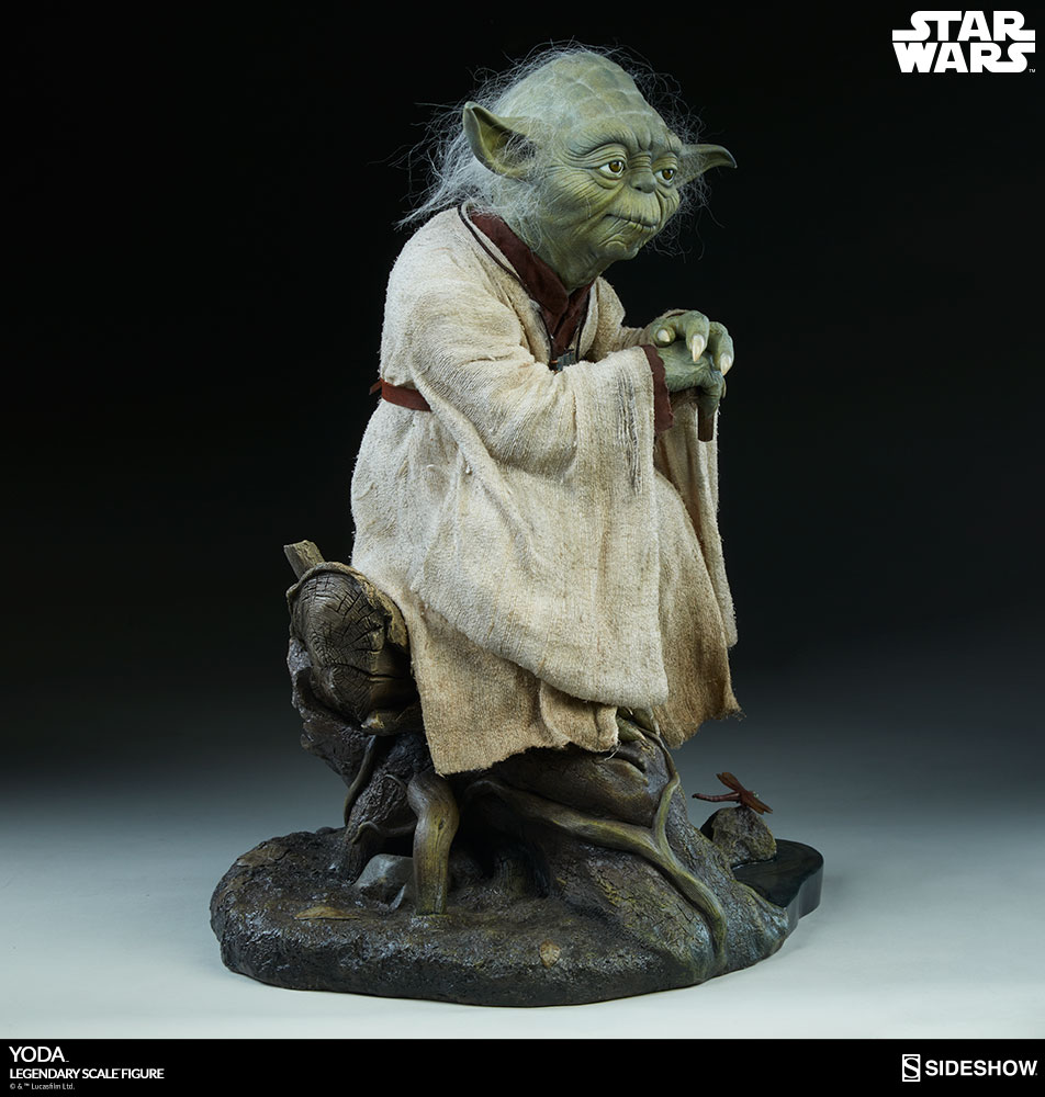 star wars yoda legendary scale tm figure by sideshow collec sideshow collectibles. Black Bedroom Furniture Sets. Home Design Ideas