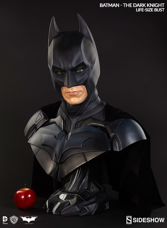 BATMAN THE DARK KNIGHT Christian Bale LIFE-SIZE BUST 400203-batman-the-dark-knight-03