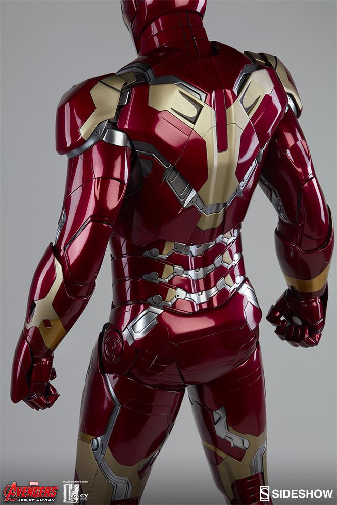 ... Iron Man Mark 43 Legendary Scale™ Figure