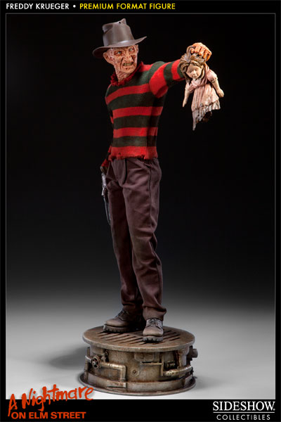Freddy Krueger Premium Format Figure by Sideshow Collectibles