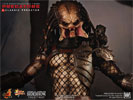 Hot Toys Classic Predator Sixth Scale Figure