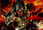 Hot Toys Alien vs Predator : Samurai Predator Sixth Scale Figure