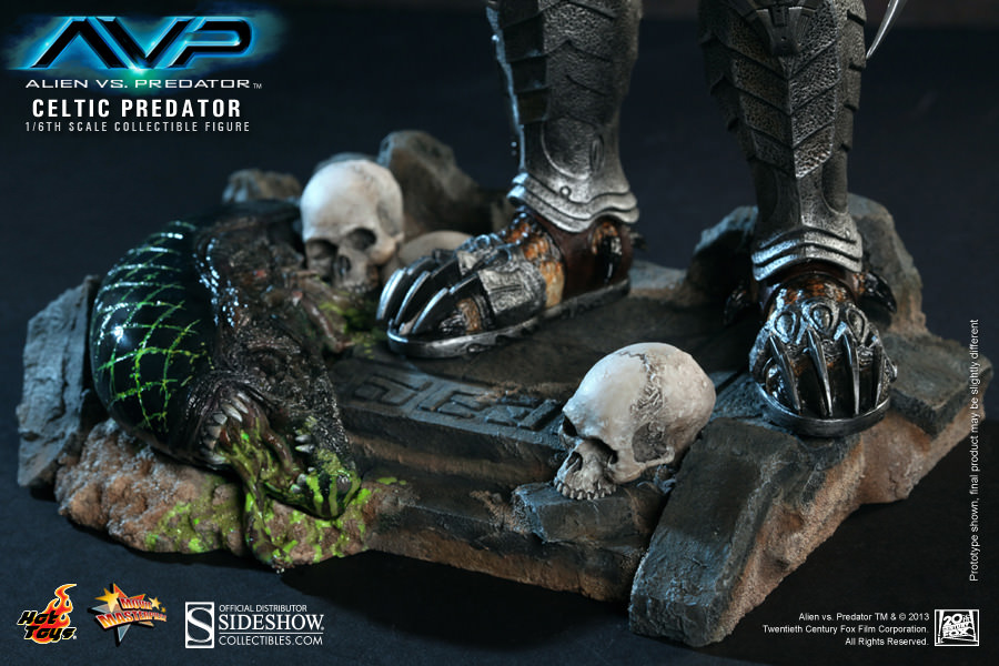 http://www.sideshowtoy.com/assets/products/902117-celtic-predator/lg/902117-celtic-predator-014.jpg