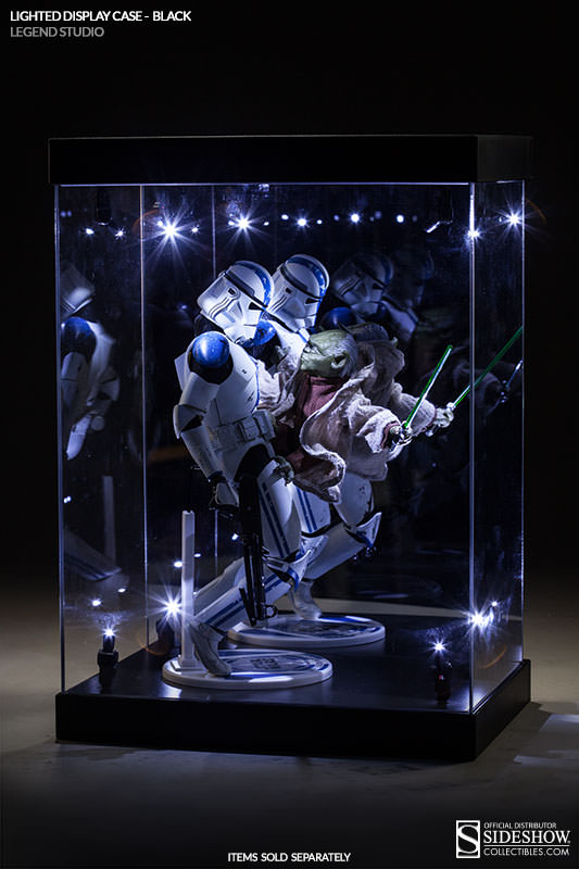 Lighted Display Case Display Case - Lighted Display Case Sideshow Collectibles