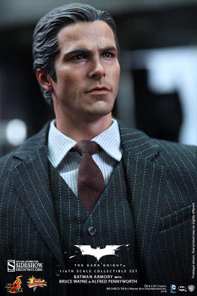 http://www.sideshowtoy.com/assets/products/902171-batman-armory-with-bruce-wayne-and-alfred/lg/902171-batman-armory-with-bruce-wayne-and-alfred-004.jpg