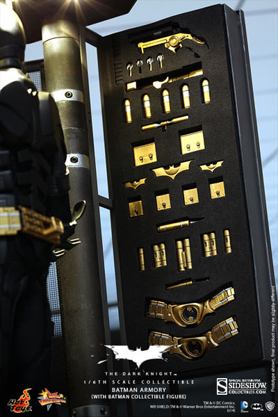 http://www.sideshowtoy.com/assets/products/902171-batman-armory-with-bruce-wayne-and-alfred/lg/902171-batman-armory-with-bruce-wayne-and-alfred-022.jpg