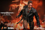 Hot Toys T-800 Battle Damaged Version Sixth Scale Figure
