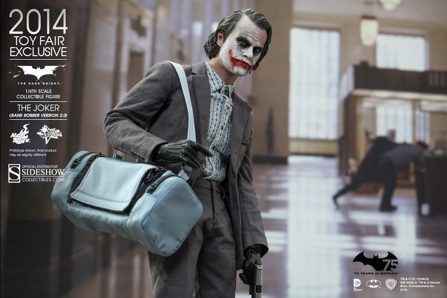 https://www.sideshowtoy.com/assets/products/902210-the-joker-bank-robber-version-2-0/lg/902210-the-joker-bank-robber-version-2-0-005.jpg