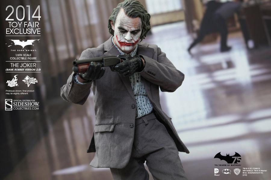https://www.sideshowtoy.com/assets/products/902210-the-joker-bank-robber-version-2-0/lg/902210-the-joker-bank-robber-version-2-0-006.jpg