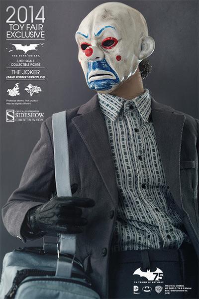 https://www.sideshowtoy.com/assets/products/902210-the-joker-bank-robber-version-2-0/lg/902210-the-joker-bank-robber-version-2-0-013.jpg