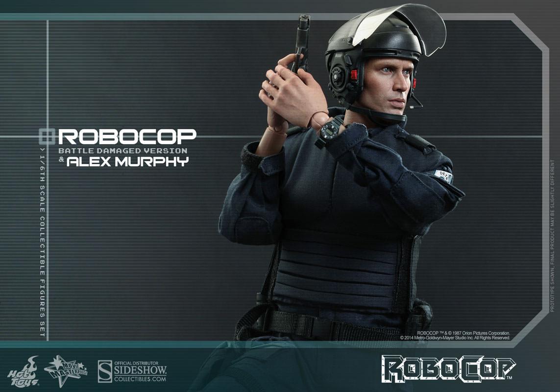 http://www.sideshowtoy.com/assets/products/902285-robocop-battle-damaged-version-alex-murphy/lg/902285-robocop-battle-damaged-version-alex-murphy-020.jpg
