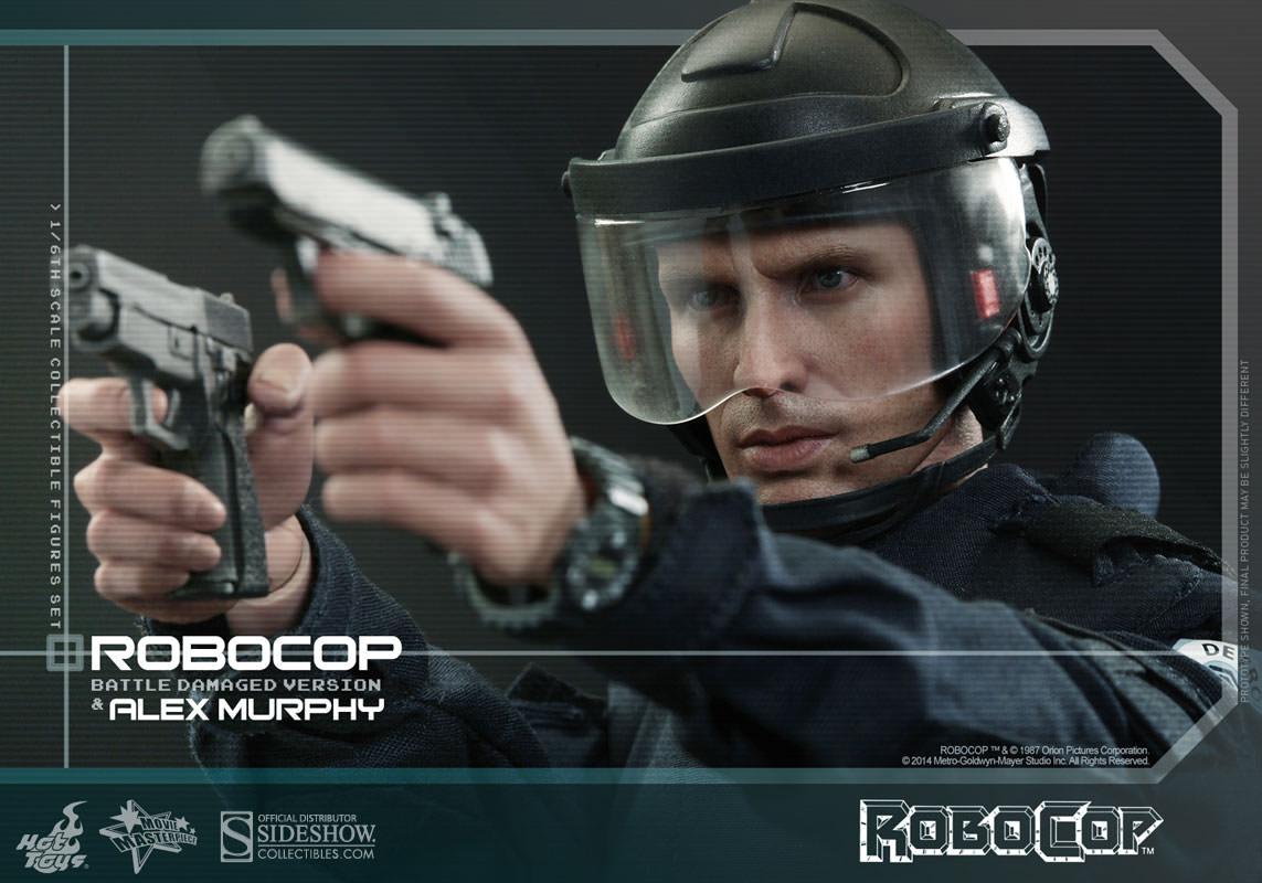 http://www.sideshowtoy.com/assets/products/902285-robocop-battle-damaged-version-alex-murphy/lg/902285-robocop-battle-damaged-version-alex-murphy-022.jpg