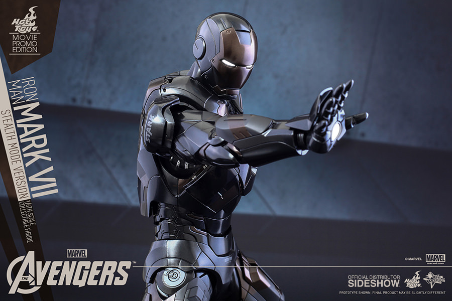 https://www.sideshowtoy.com/assets/products/902356-iron-man-mark-vii-stealth-mode-version/lg/902356-iron-man-mark-vii-stealth-mode-version-013.jpg