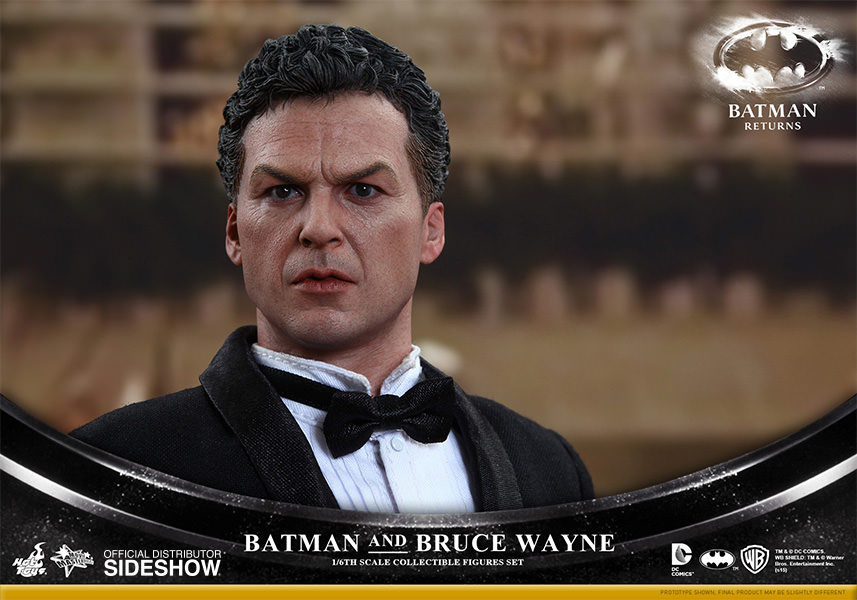 https://www.sideshowtoy.com/assets/products/902400-batman-and-bruce-wayne/lg/902400-batman-and-bruce-wayne-013.jpg