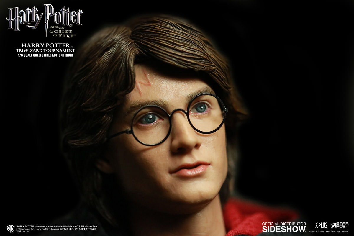 http://www.sideshowtoy.com/assets/products/902514-harry-potter-triwizard-tournament-version/lg/902514-harry-potter-triwizard-tournament-version-04.jpg
