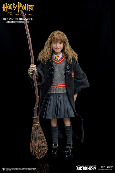 http://www.sideshowtoy.com/assets/products/902518-hermione-granger/lg/902518-hermione-granger-05.jpg