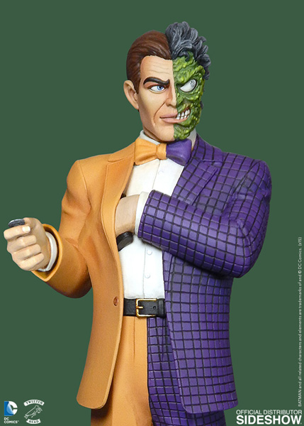 Two Face Harvey Dent: DC Comics Classic Two Face Maquette By Tweeterhead