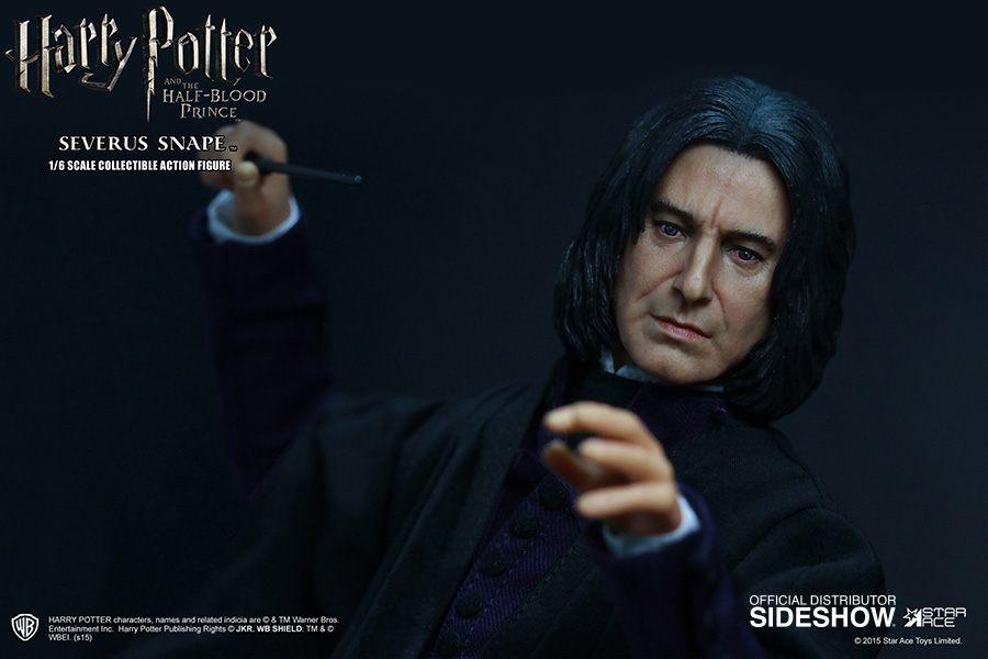 http://www.sideshowtoy.com/assets/products/902576-severus-snape/lg/harry-potter-severus-snape-sixth-scale-star-ace-902576-03.jpg